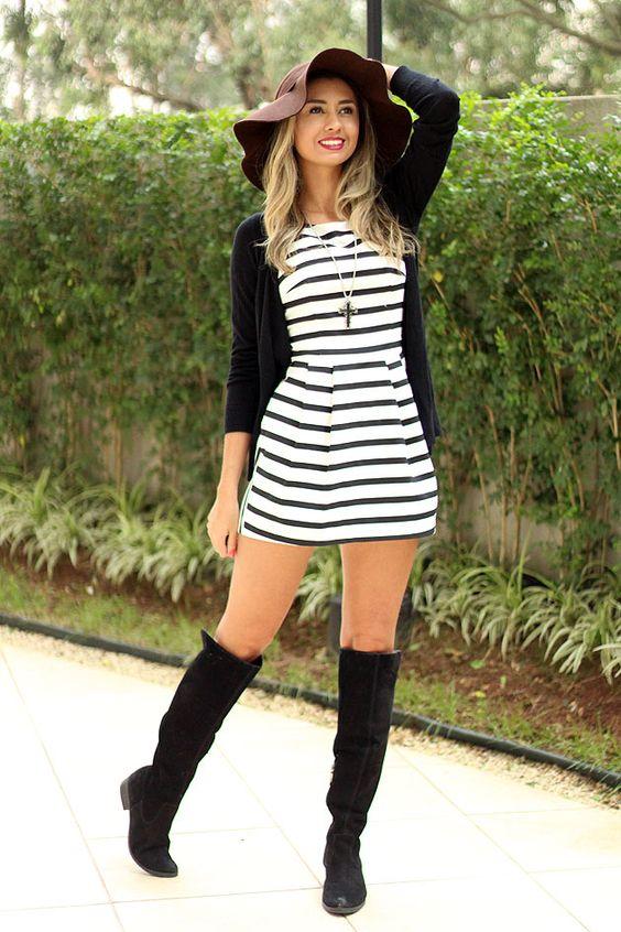 48870706d5b ... du jour black and white over knee boots outfit winter. como usar  macaquinho e bota over the knee look com chapeu www.eucapricho.com
