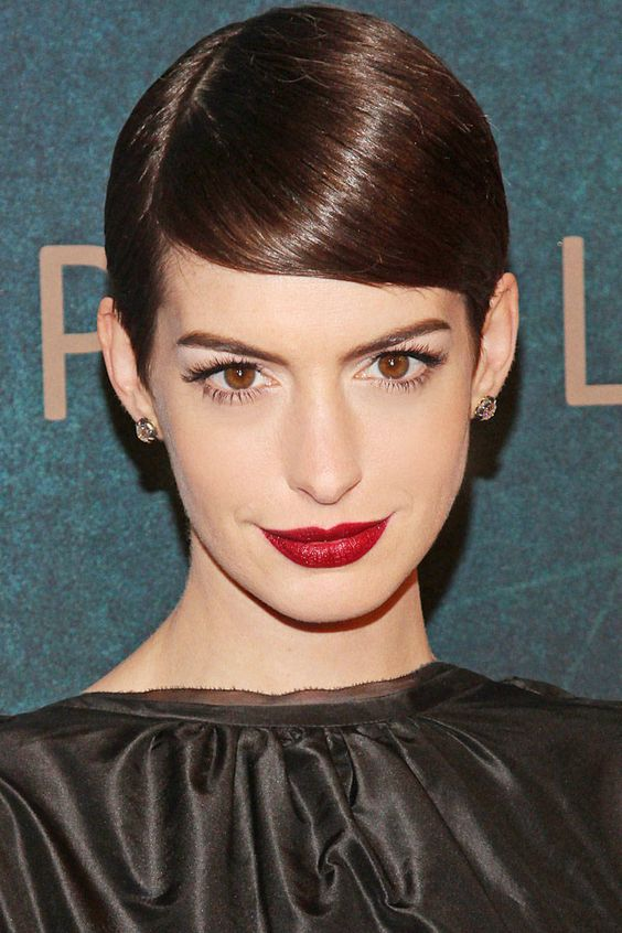 Add instant elegance to short hair by adding a deep part like Hathaway. Try using Oribe Gold Pomade to keep flyaways at bay. Oribe Gold Pomade; $48.01; amazon.com - ELLE.com