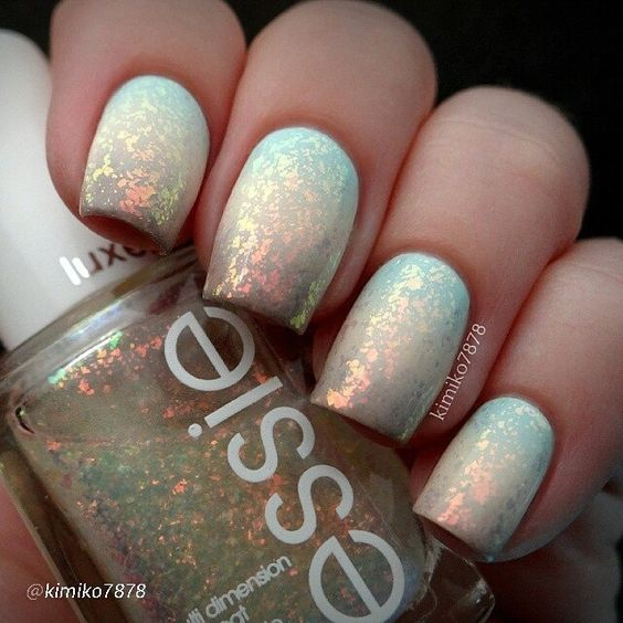 """'At Vase Value' from China glaze, 'Poetic Hues' from Color Club and 'Miss Fancy Pants' from Essie and then topped it off with 'Shine of the Times' from Essie."""""""