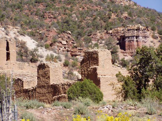 Jemez State Monument, preserving the ruins of a 17th century Spanish mission and 13th century Indian pueblo,