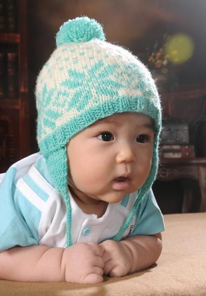 Knit Baby Hat Pattern Pinterest : Snowflake Baby Hat Knitting Essentials Pinterest Snow, Patterns and Bab...