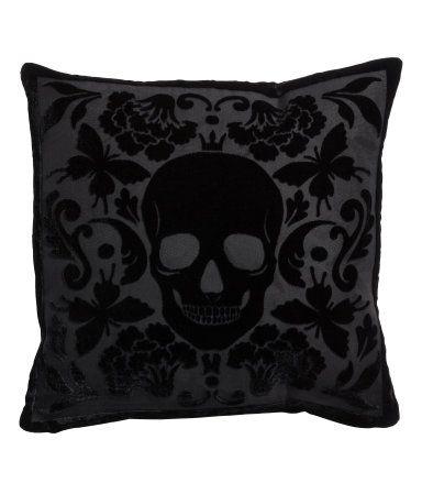 #Skull #Cusion @ H&M GB