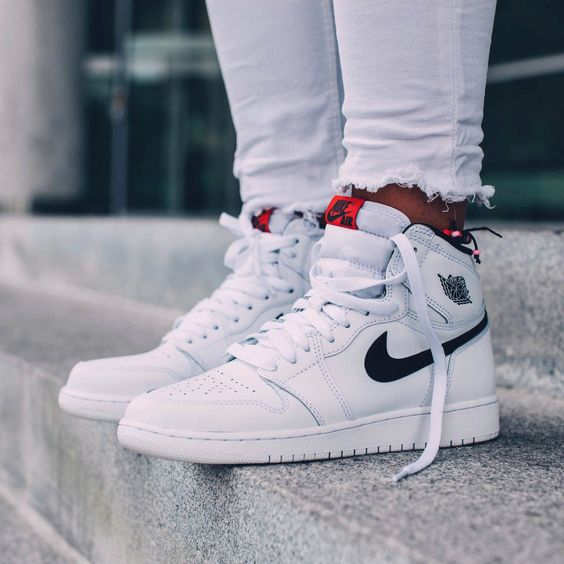 nike dunk jedi à vendre - NIKE Air Jordan 1 Retro High OG 'White x Black x Touch of Red ...