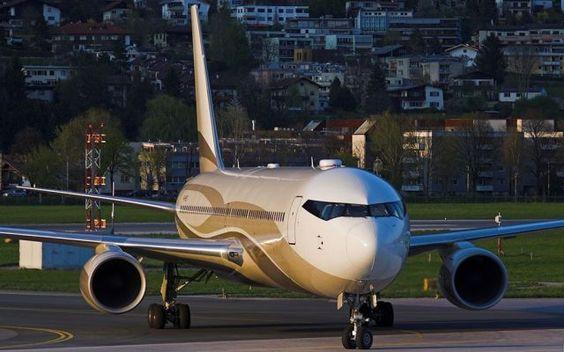 Jet milionari per i potenti di tutto il mondo I dieci jet privati più costosi al mondo appartengono a principi arabi, magnati russi e imprenditori americani. Aerei normalmente utilizzati per voli di linea che diventano delle vere e proprie regge #jet #viaggi #lusso