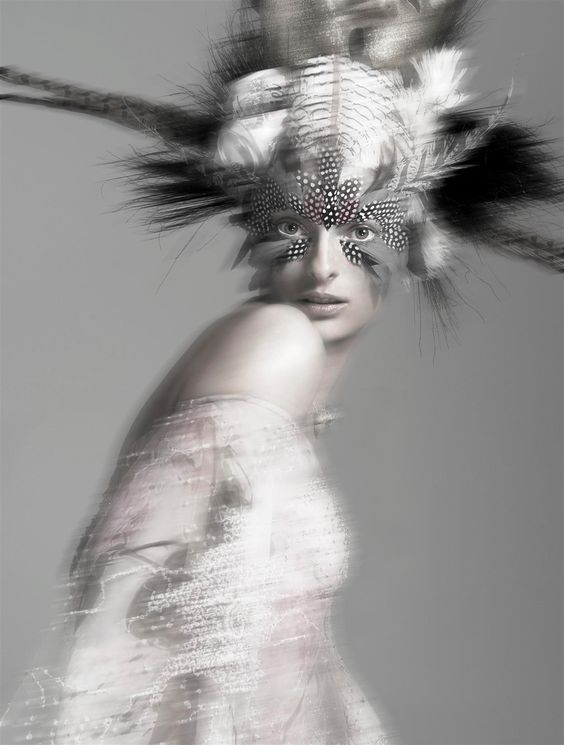 Couture In The Extreme   Linda Evangelista   Steven Meisel #photography   Vogue Italia March 2002