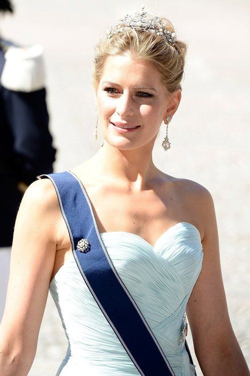 royaltywithella: Wedding of Princess Madeleine and Chris O'Neill-June 8, 2013-Princess Nikolaos (Tatiana) of Greece and Denmark wears the Antique Corsage Tiara