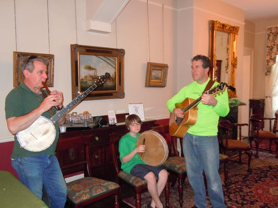 Let the music begin at the Savannah Bed & Breakfast Inn party!
