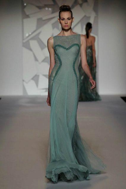 Vestido de noiva verde: um amor de vestido, by Abed Mahfouz