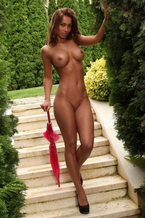 beautiful-brunette-body-nude-body-pussy-sex