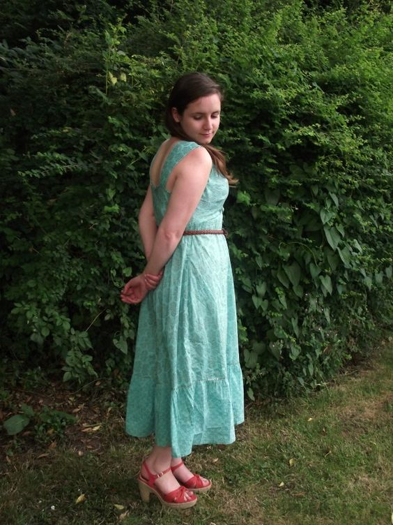 New refashion at the Dressmaking Diaries- perfect for summer