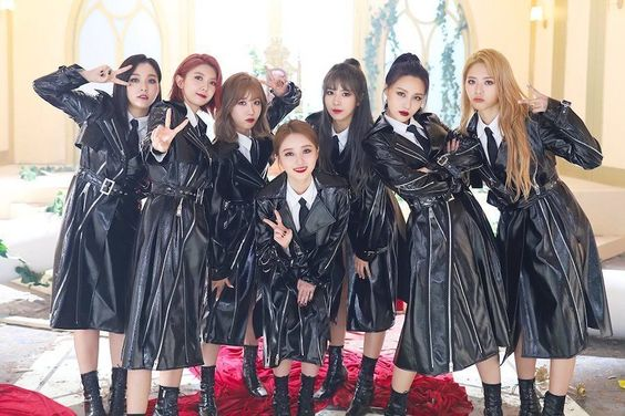 "DreamCatcher Tops iTunes Charts Worldwide With New Album ""Raid Of Dream"""