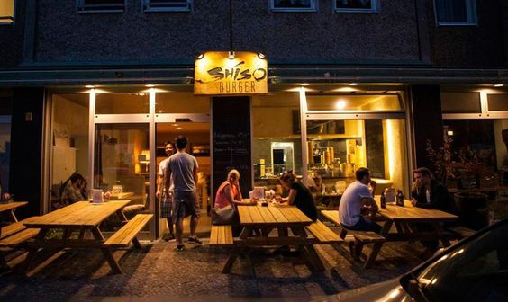 Shiso Burger in Mitte Sehr leckere asiatische Burger und Pommes.