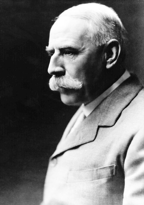 Sir Edward William Elgar, 1st Baronet of Broadheath (1857–1934). English composer, many of whose works have entered the British and international classical concert repertoire. Among his best-known compositions are orchestral works including the Enigma Variations, the Pomp and Circumstance Marches, concertos for violin and cello, and two symphonies. He also composed choral works, including The Dream of Gerontius, chamber music and songs. He was appointed Master of the King's Musick in 1924.