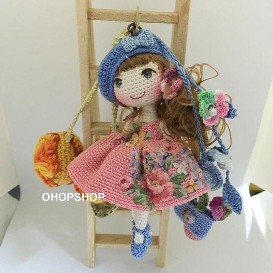 #mulpix #bagcharm #muffinthedoll #crochet #crochetdoll #crochetdolls #crochetoutfit #outfit #handmade #handicraft #tiny #toy #toystagram #doll #dollstagram #amigurumi #cute #craft #kawaii #ohopshop ♡ lovely doll