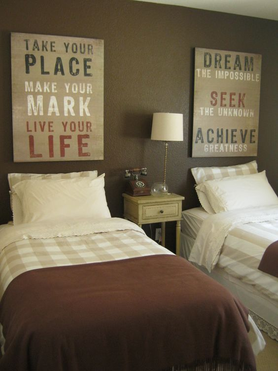 Rasta Colors Guest Rooms And Love The On Pinterest