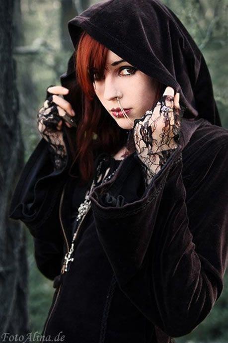 Goth girl:
