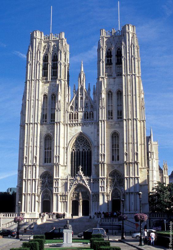 Cathédrale Saints-Michel-et-Gudule de Bruxelles, Belgique (St. Michael and Gudula Cathedral, Brussels, Belgium)