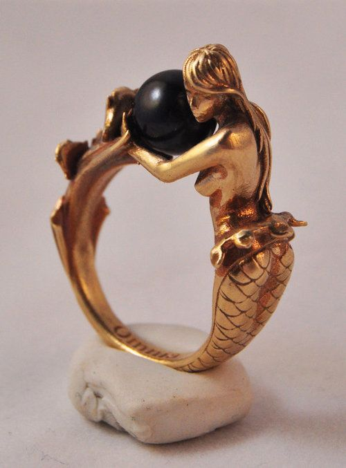 Mermaid ring: