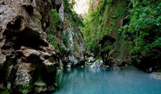 Magnifiques cascades d'Akchour (vidéo)
