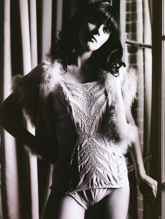 zooey deschanel hot 1920 - photo #32
