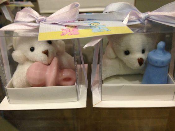 Urso chaveiro na caixinha