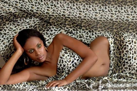 (Imagem: Reprodução Afrojuju)Saiba quais os 10 países africanos com as mulheres mais bonitas - Tanzânia