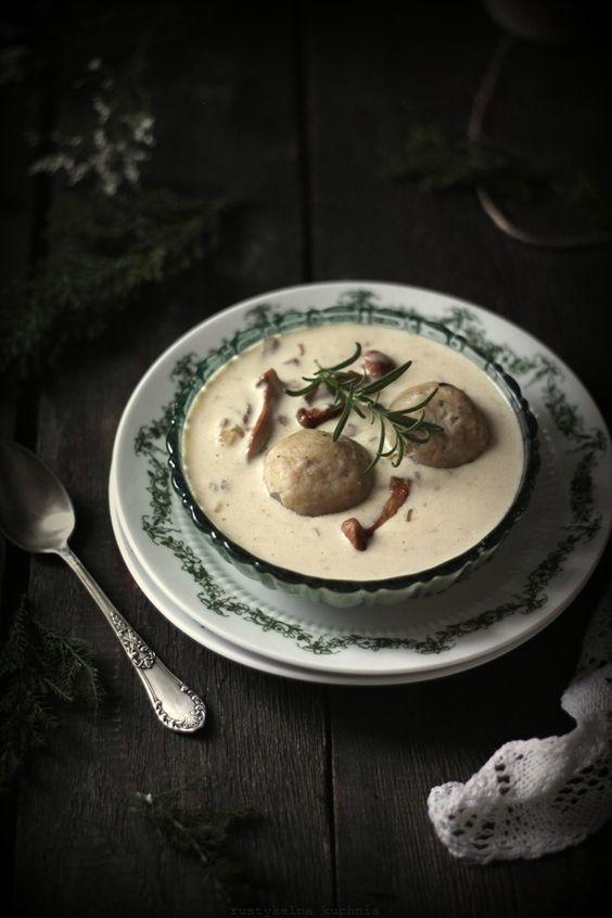Chanterelle mushroom dumplings and bread with rosemary