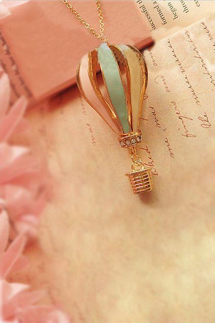 Hot air balloon necklace. Cute.