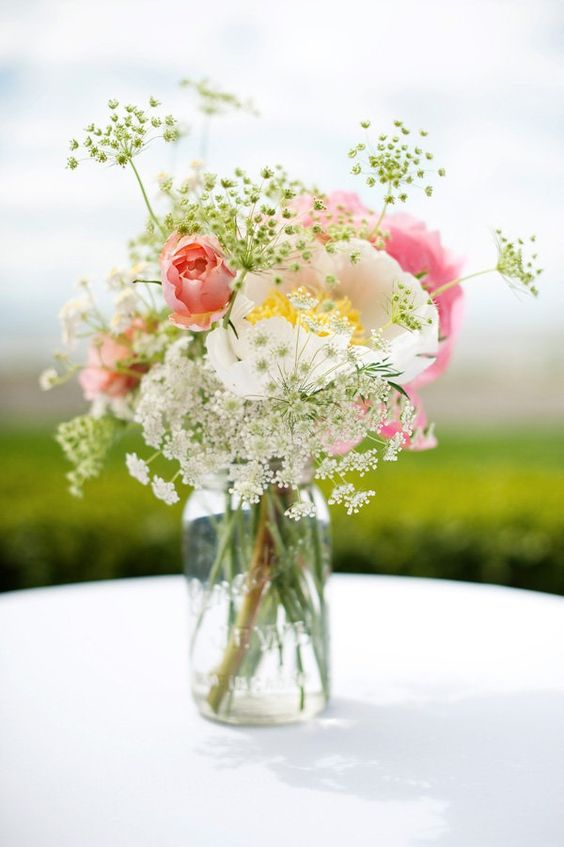 wildflowers queen annes lace flower in mason jar