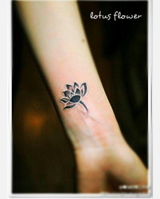 Flor de lotos tatoo