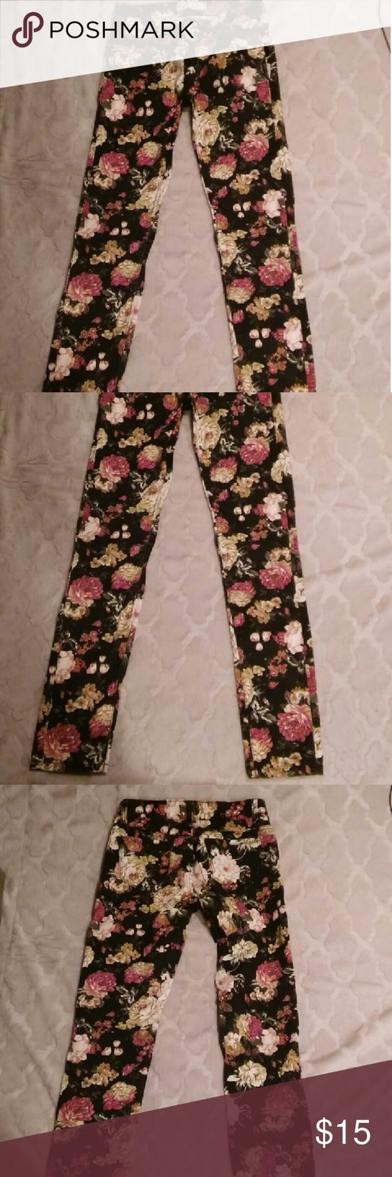 : : Pants Denim Material Floral Jeans : : selling cute pre-loved, pre-owned floral denim material pants in good condition  note: says size medium but tag also says US 10. While this is no guarantee, my best guess is it would fit about a size 26 or 27. It does have some slight elasticity as well.  : : all items sold are carefully packaged with a thank you card inside. : : MM Sweet Jeans Straight Leg