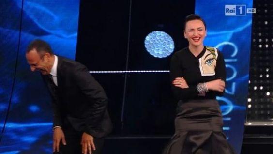 Arisa a Sanremo 2015, la terza serata: infortunio ed estasi da antidolorifico