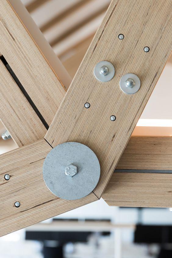 Neue Firmenzentrale Der Miba Ag Dachraum Holzbau Innenraum