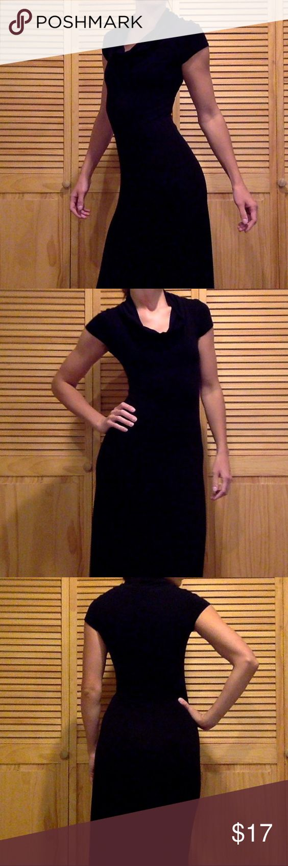 """Soprano from Nordstrom's M Worn less than 5 times. I'm 5'7"""" and it reaches my ankles. Perfect condition! Nordstrom Dresses Maxi"""