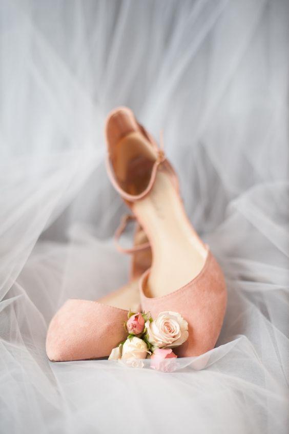 Erin & Davis // Colorado Wedding // Donna Morgan Collection // Bridesmaid Dresses in Peach Fuzz // Rene Tate Photography//