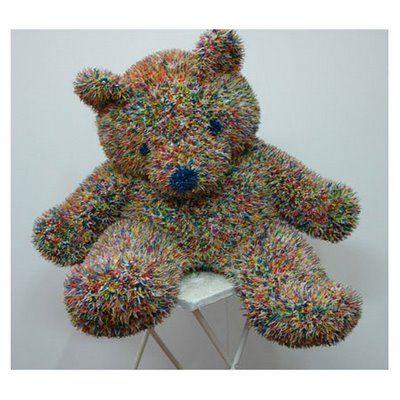 A bear made of fire crackers ·:· Felipe Barbosa ·:·