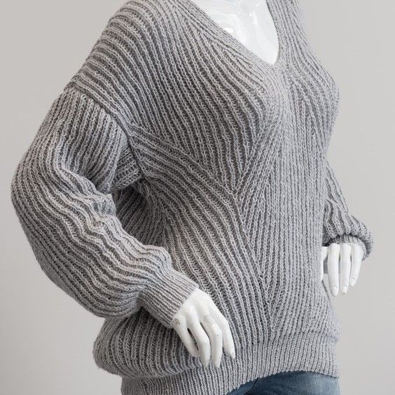 1698 Patentstrikket sweater i Mayflower Easy Care Cotton
