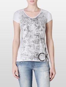 Camisetas e Blusas Femininas | Calvin Klein