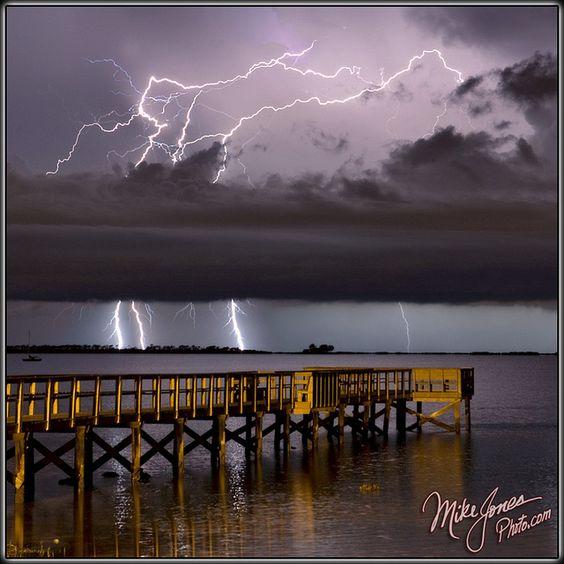Natures Lightshow by MikeJonesPhoto, via Flickr