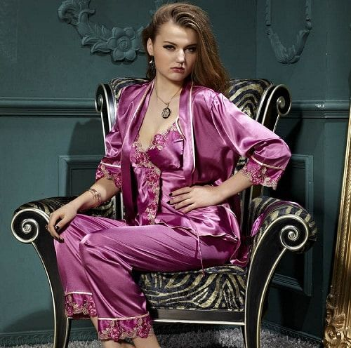 بيجامات ستان عرايسي جديدة تشكيلة مميزة من البيجامات الستان للعرايس Fashion Style 80s