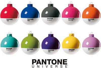 Christmas Balls   Bolas natalinas coloridas da Pantone <3