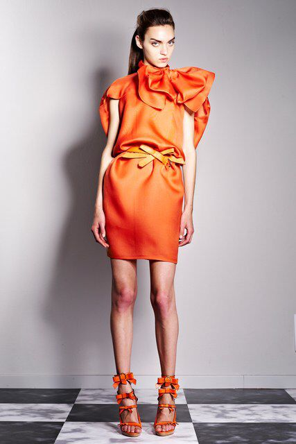 Viktor & Rolf | Resort 2013 Collection | Vogue Runway