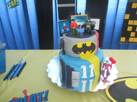Batman cake this is already one of my all time favorite cakes