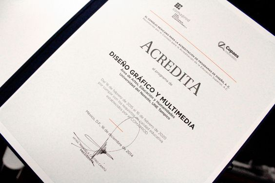 Licenciatura en Diseño Gráfico y Multimedia recibe acreditación COMAPROD - Universidad del Noreste