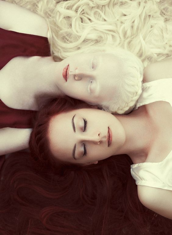 Photograph Snow-white and Rose-red by Ivan Kavaldzhiev on 500px: