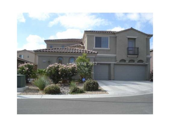 Call Las Vegas Realtor Jeff Mix at 702-510-9625 to view this home in Las Vegas on 10029 VILLAGE WALK AV, Las Vegas, NEVADA 89149 which is listed for $234,900 with 4 Bedrooms, 3 Total Baths, 1 Partial Baths and 3487 square feet of living space. To see more Las Vegas Homes & Las Vegas Real Estate, start your search for Las Vegas homes on our website at www.lvshortsales.com. Click the photo for all of the details on the home.