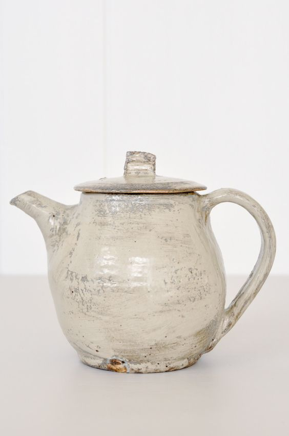 Japanese Teapot with built in strainer. Handcrafted by Katsufumi Baba.