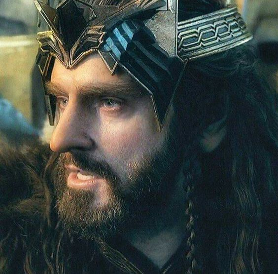 Details of Thorin's crown.