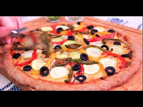 البيتزا الايطالية الذهبية بالخضار بعجين من دقيق القمح الكامل خفيف بكل تفاصيلها اروع بيتزا صحية Food Vegetable Pizza Vegetables