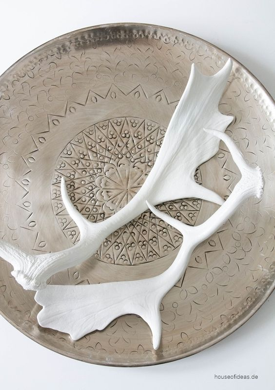 Decorative Antler Set of 2http://www.houseofideas.de/Dekoratives-Geweih-2er-Set